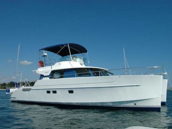 2003 Fountaine Pajot Maryland 37 ext (1)