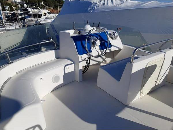 2003 Fountaine Pajot Maryland 37 ext (19)