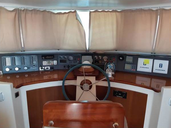 2003 Fountaine Pajot Maryland 37 int (3)