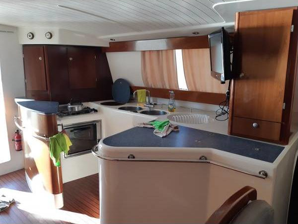 2003 Fountaine Pajot Maryland 37 int (4)